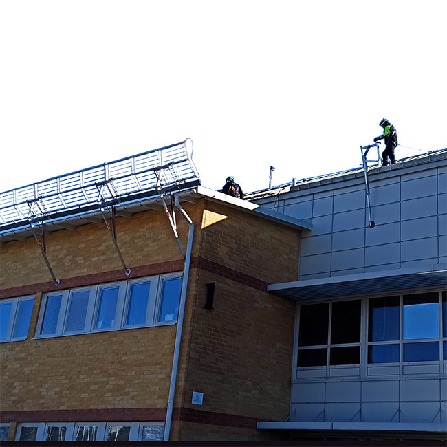Säkerhet, utbildning, fallskydd, tak, takarbete, fallskyddsräcken, Roofac räcken, fallskyddsprodukter