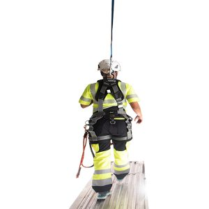 klättertekniker med sele och fallskyddsblock